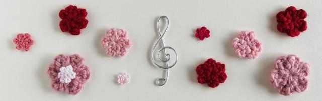 ト音記号と花